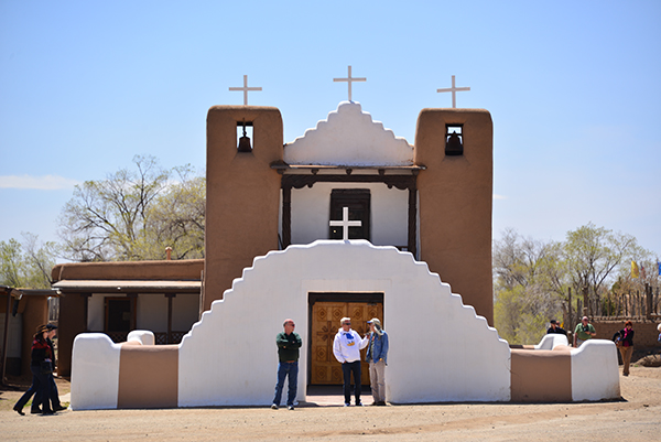 Pueblo Church_new