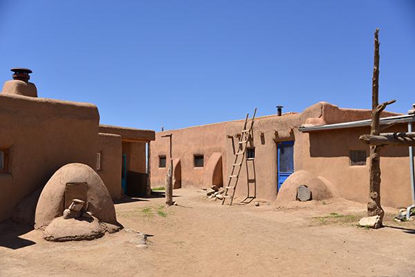 Pueblo dwelling