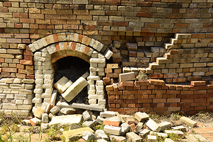 Bricks spilling from one of the kiln openings - a composition not to be neglected.