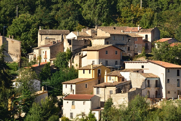 A typical view of homes and businesses built in close proximity - Abruzzo is dotted with this small historical towns.