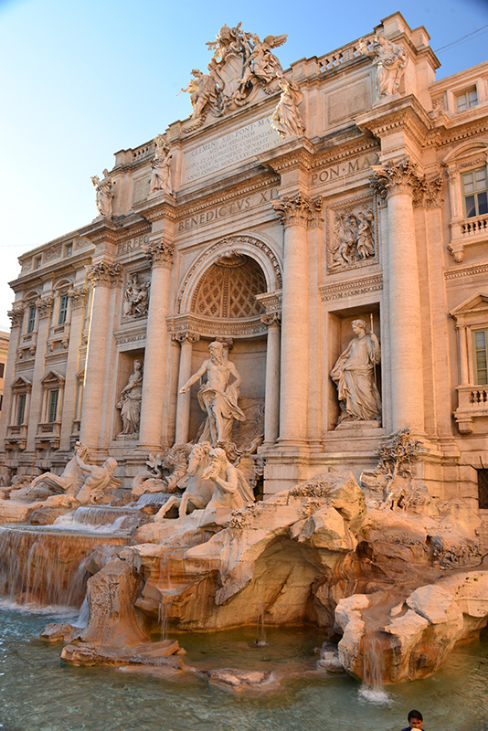 Trevi without crowds