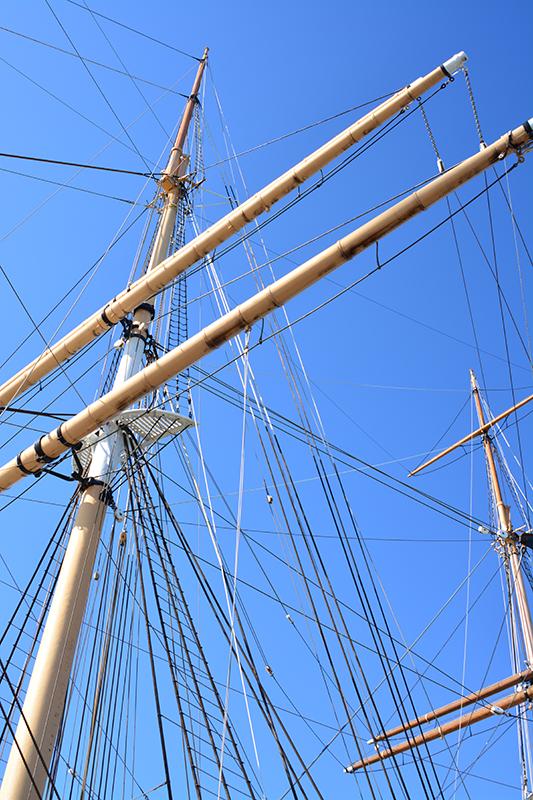 19_ships mast