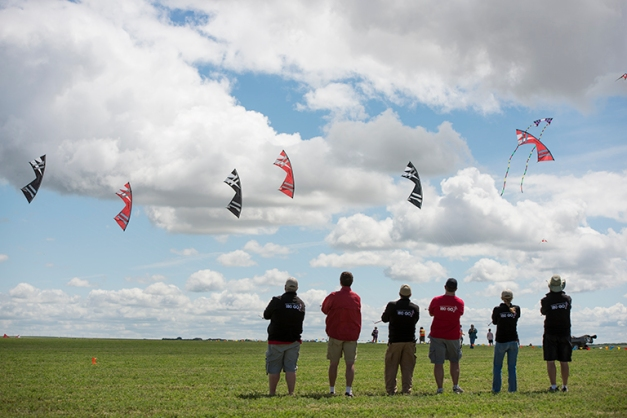 And least of all great individual kite flyers and groups to enjoy.