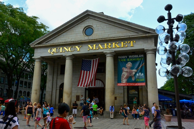 Quincy Market with its wide open plaza adjacent to Fenuil Hall promised countless choices for a mid-day break to quench our thirst and fill the empty stomach.