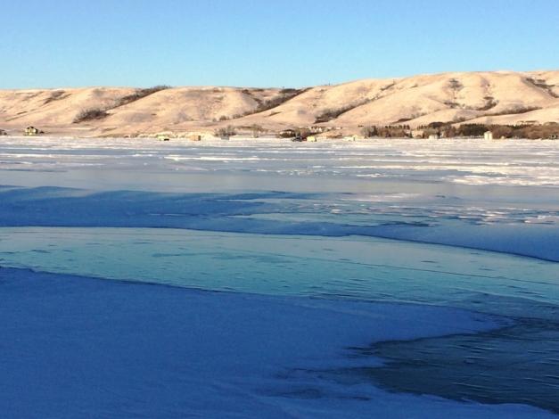turquoise-lake-ice
